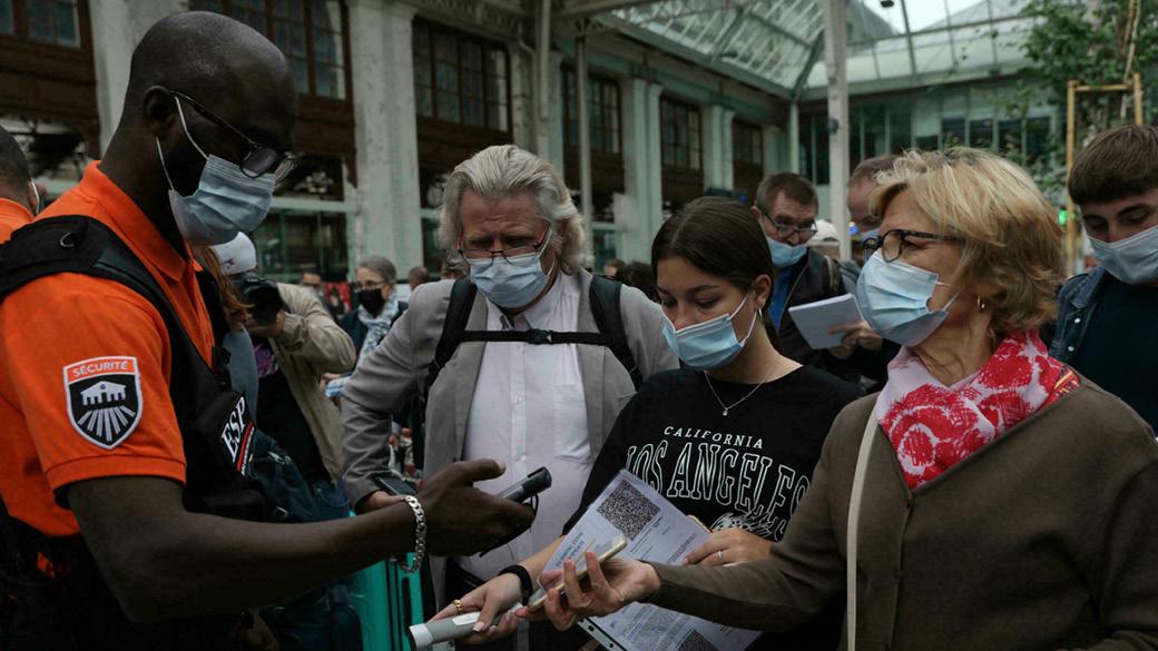 تحقیقات پلیس آلمان درباره تزریق آبنمک به جای واکسن در این کشور